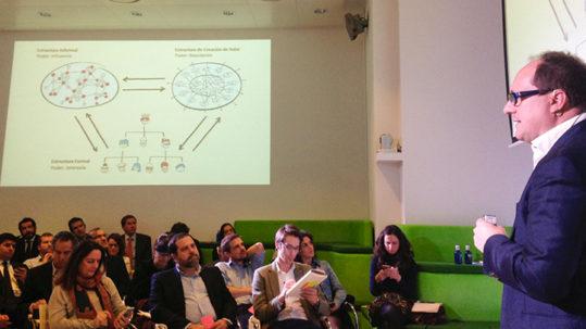 """Master Class de Niels Pflaeging, """"¿Personas, Datos o Máquinas?"""", evento Deconstructing Work en el Centro de Innovación de BBVA"""