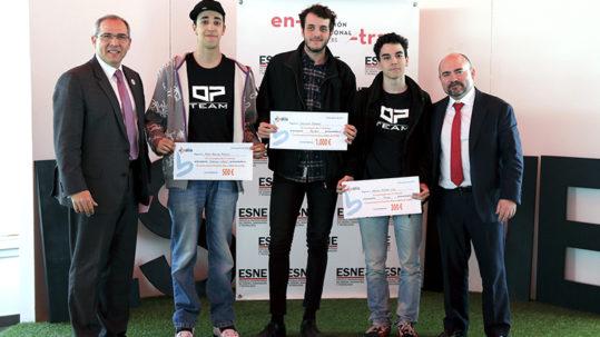 Foto de la entre de Premios Beca Abalia-Esne