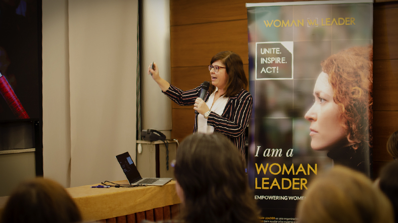 Abalia en Woman Leader Talks